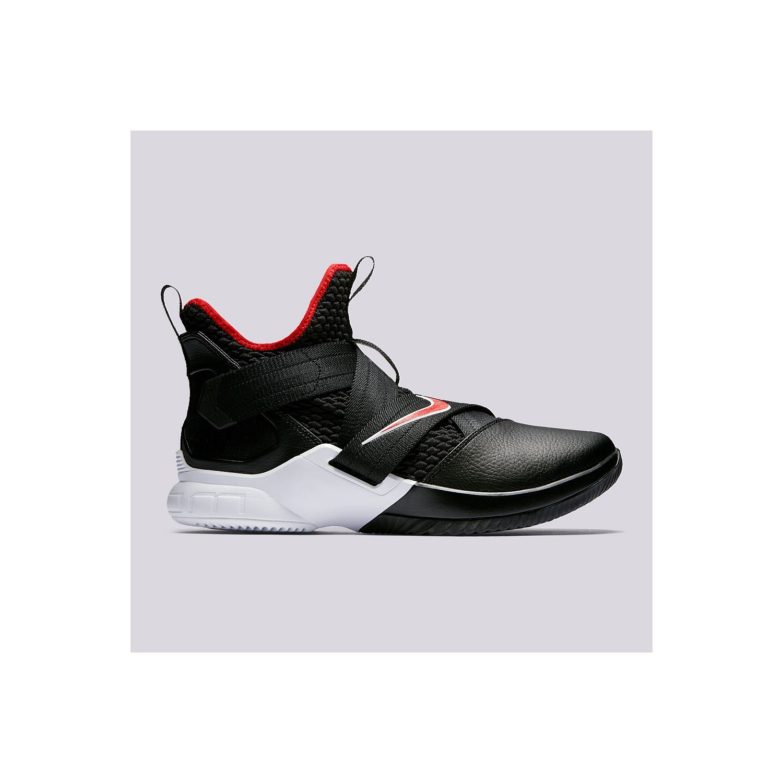 ec77b6de3cf Nike