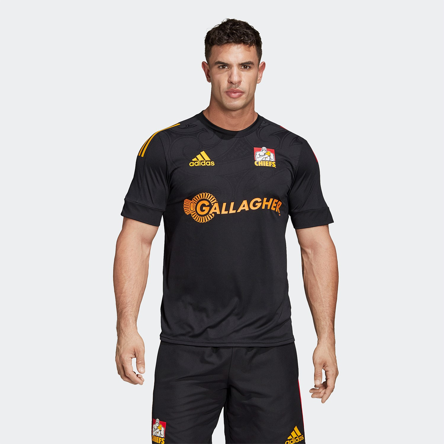 Sarabo árabe mezcla capacidad  adidas | Shop adidas Performance Clothing, Footwear and Accessories Online  | Stirling Sports - Chiefs Performance Tee