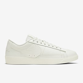 Blazer Low LE Womens